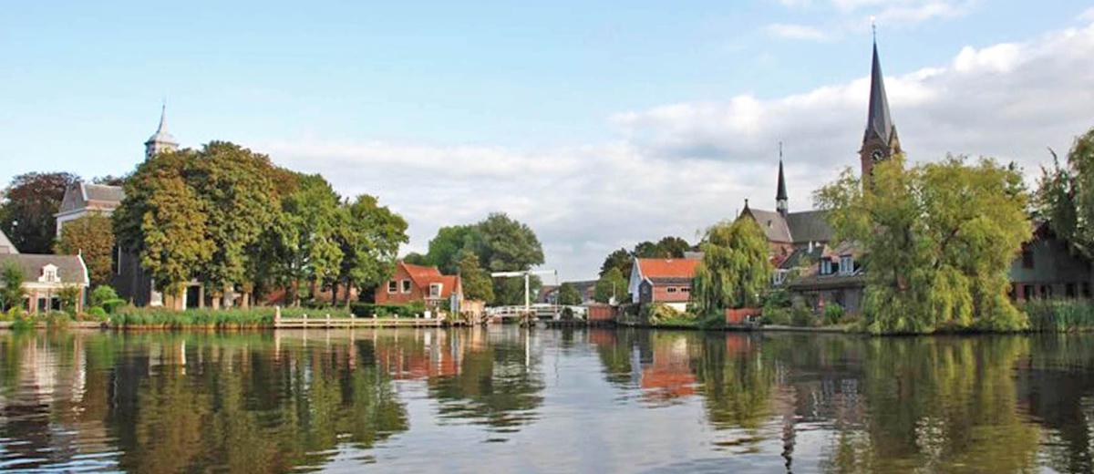 SUP Route Amsterdam - Ouderkerk aan de Amstel (15.4 km) - Happy Supper