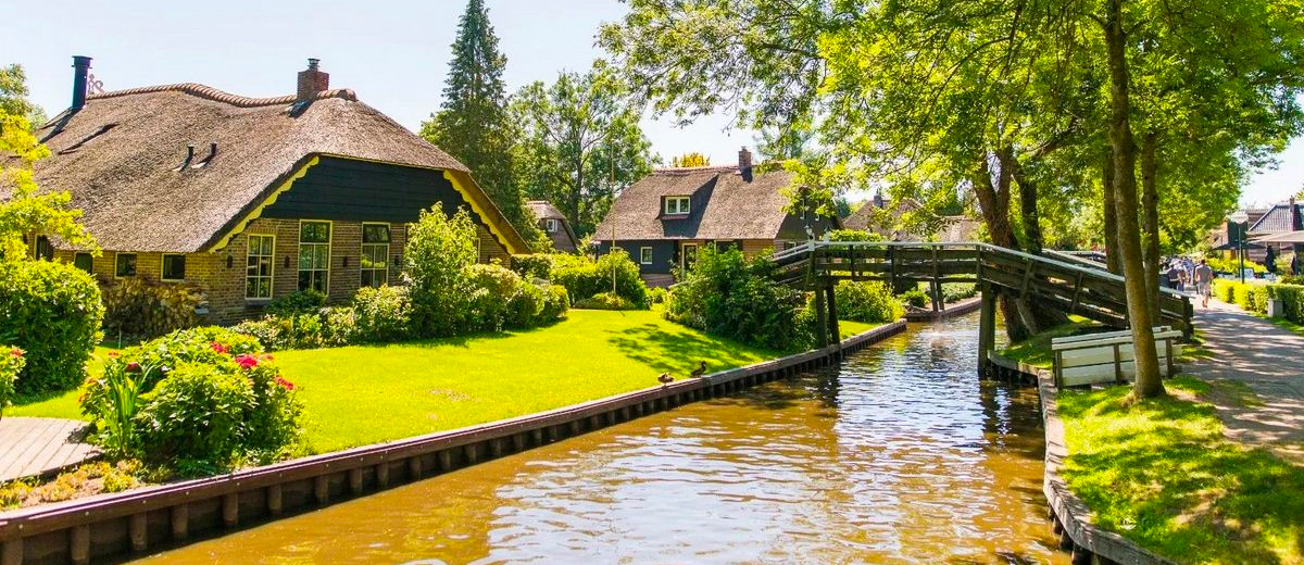 SUP Route Giethoorn (10 km) - Happy Supper